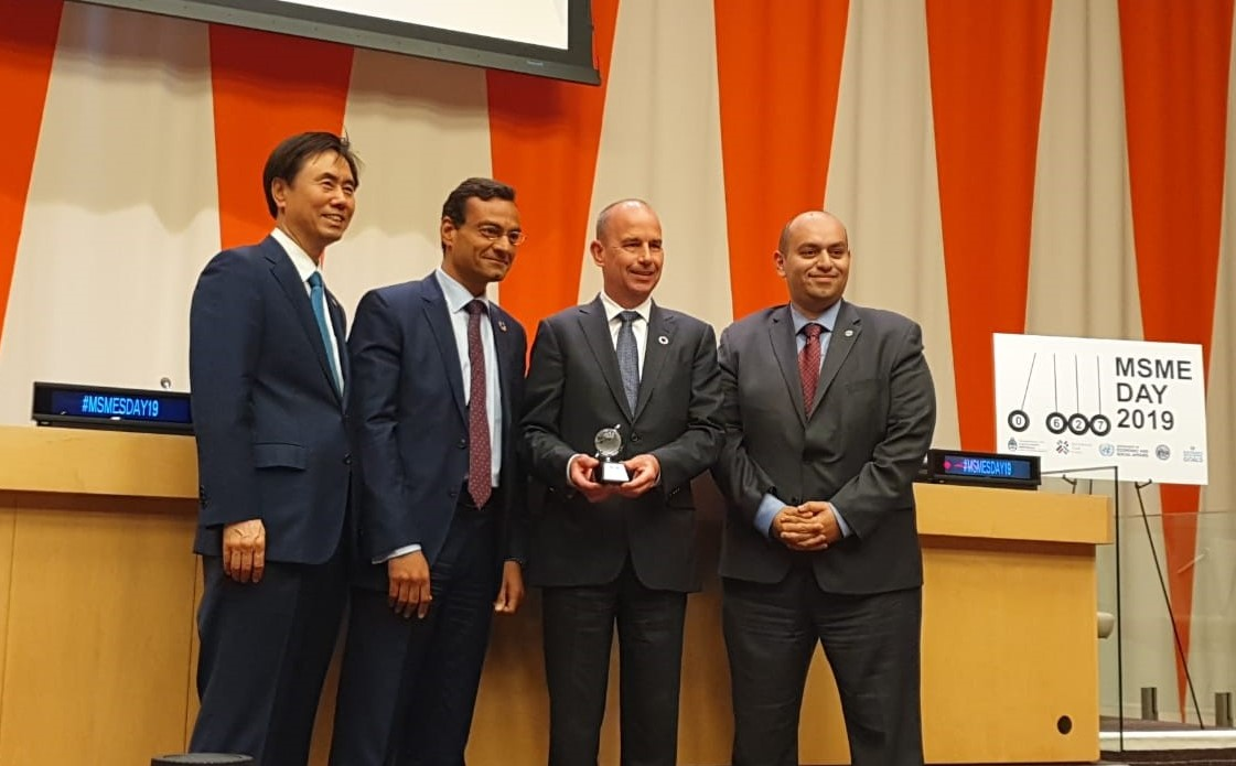 Methanex Egypt Receives ICSB's Award